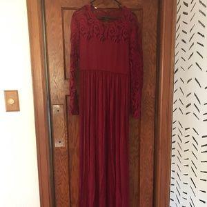 Pink Blush maternity dress never worn
